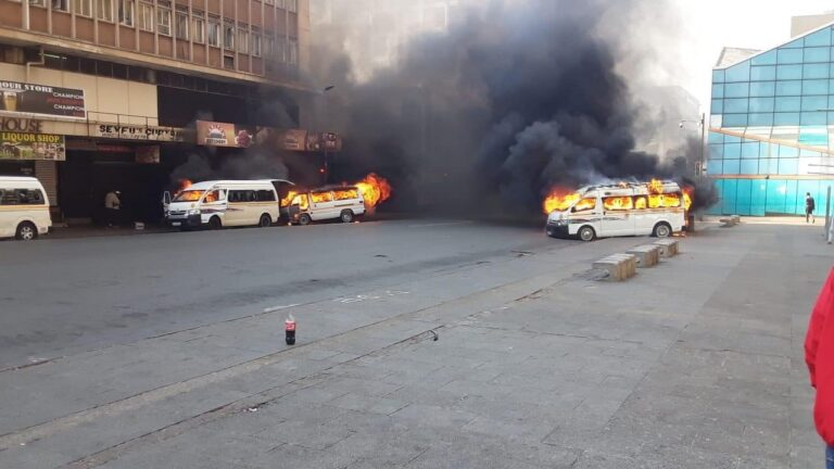 Taxis Up In Flames in Johannesburg CBD